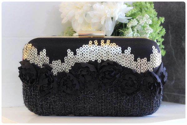Black 3D Rose Clutch - BW167c